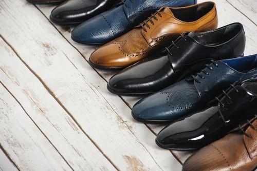 社会人の靴】足元は好感度に響く?失敗しないビジネスシューズの
