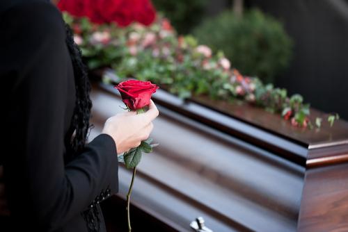 葬儀での「お疲れの出ませんように」の使い方と注意点